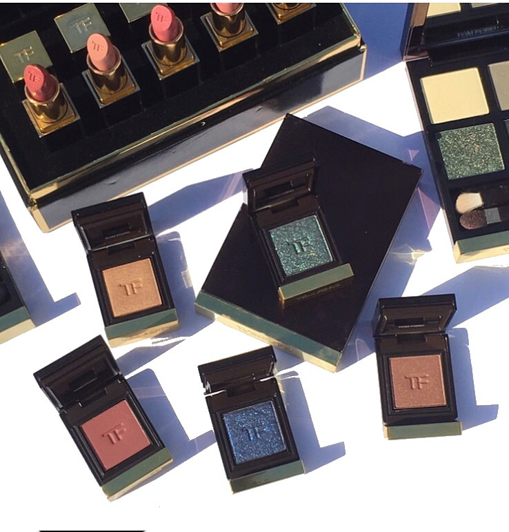 Tom Ford Private Eyehadow collection review and swatches www.calibeaute.com