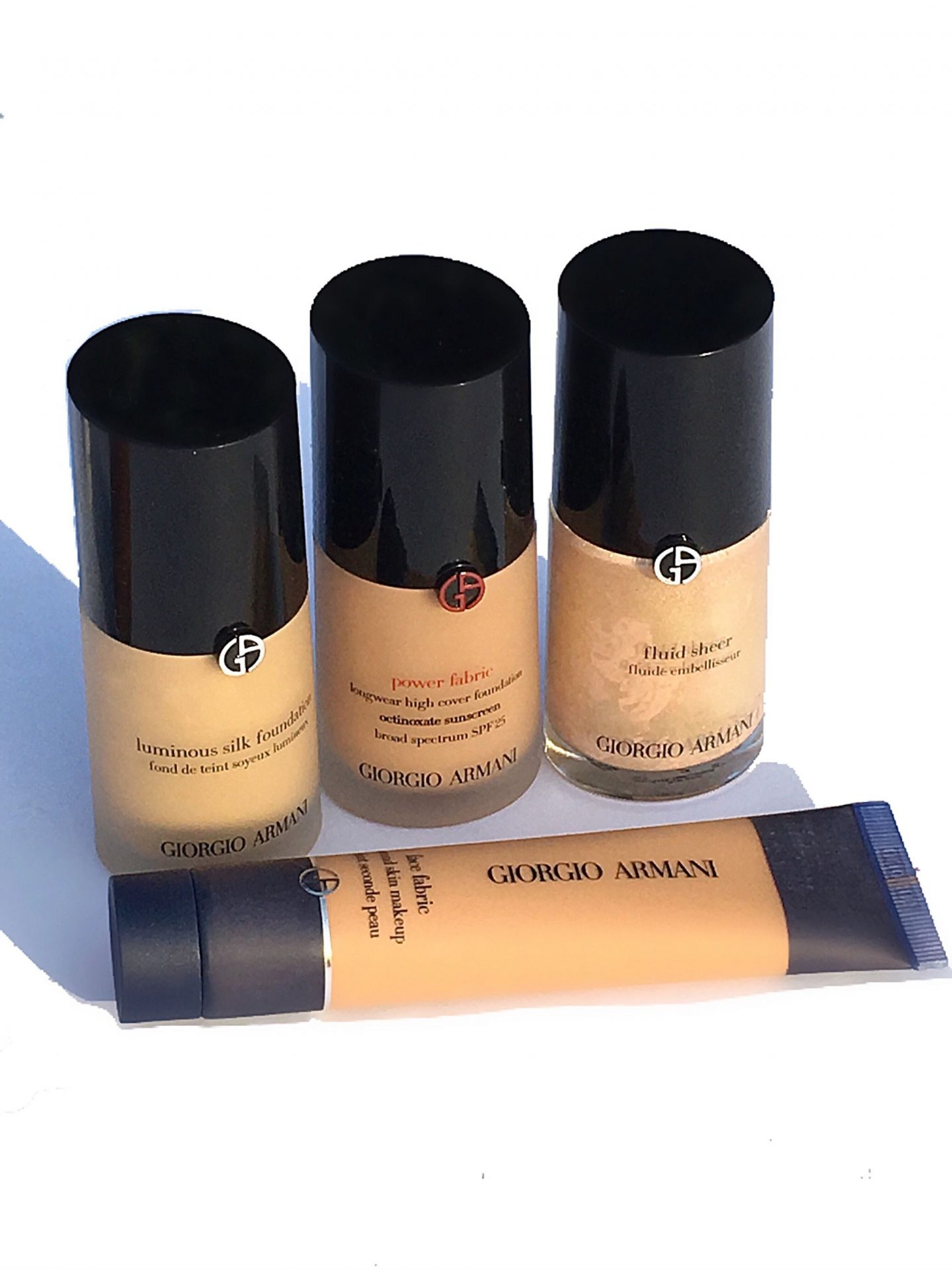 Giorgio Armani Face Fabric Foundation Review and Swatches www.calibeaute.com