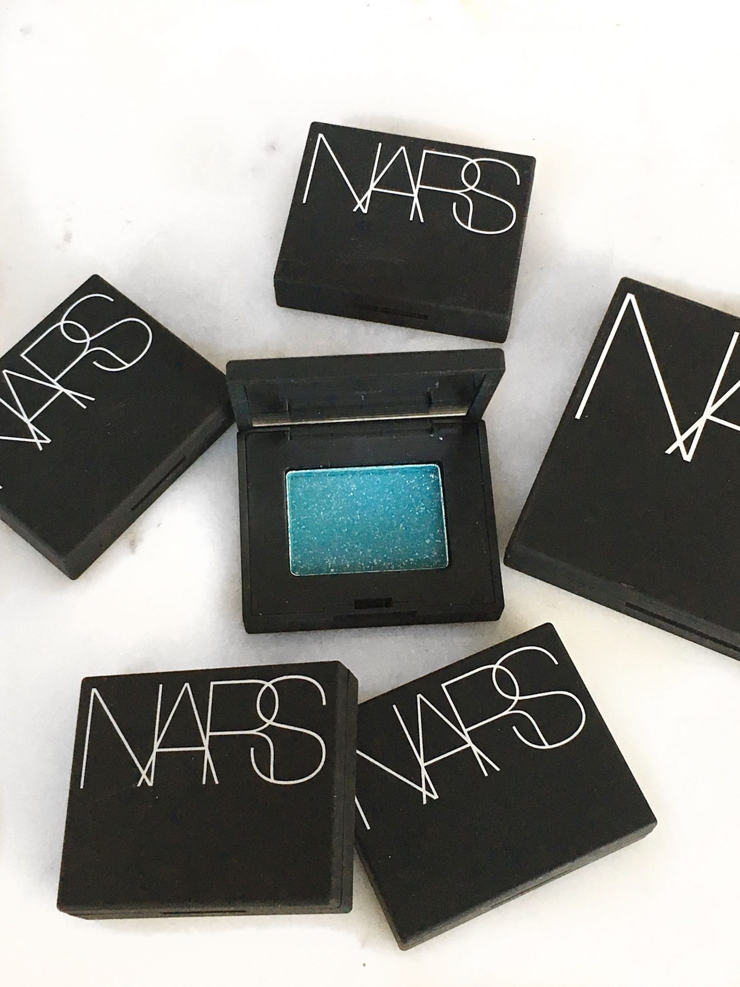 Nars Single Shadows Nordstrom Trend 2018 www.calibeaute.com